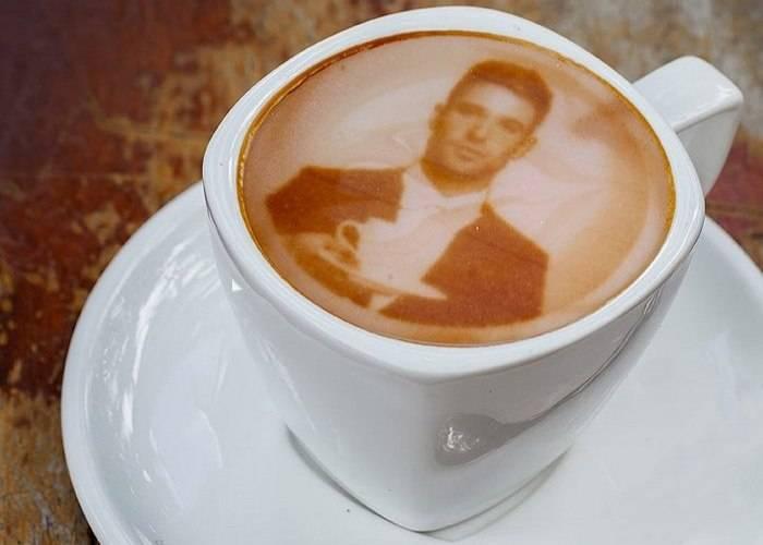 Кофеварка, которая приготовит кофе с фотографией и пожеланиями (5 фото)