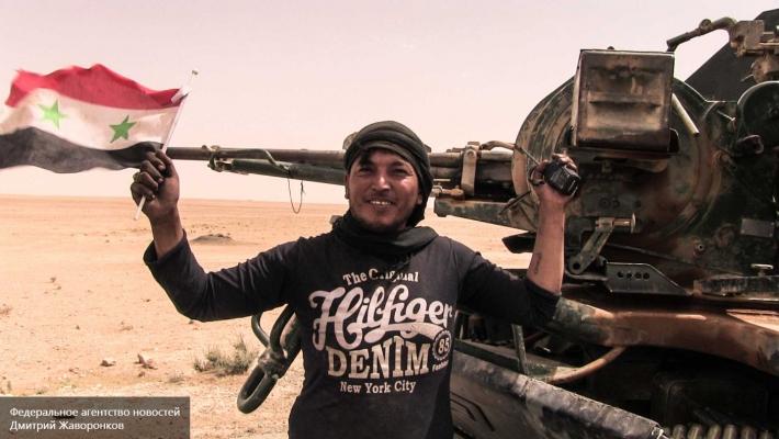 ВРакке джихадистов берут в«клещи» сирийские правительственные иоппозиционные войска