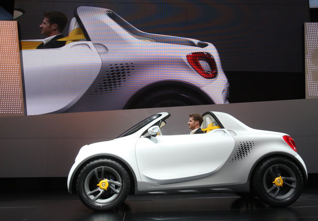 """The """"smart for-us"""" concept car is displayed during the first press preview day for the North America"""