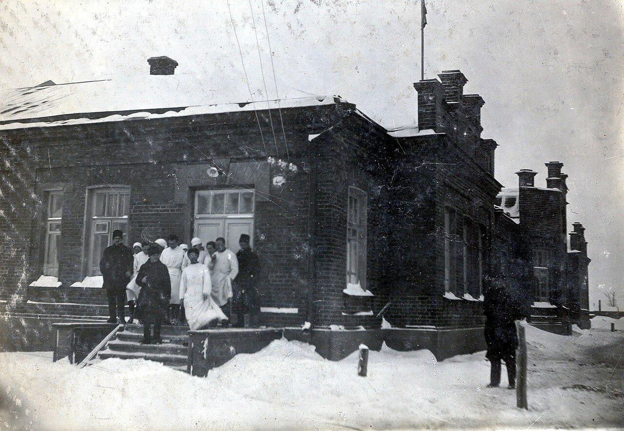 1930-е. Фасад вновь отстроенной больницы