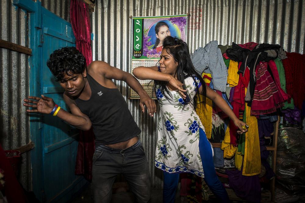 Проститутки бангладеш фото индивидуалки одеса