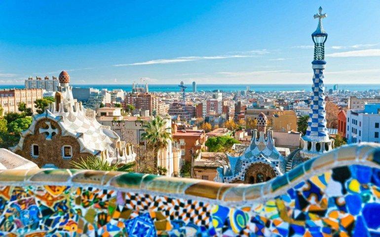 6. Медицина в Испании (68.3) В Италии не только превосходная государственная система здравоохранения