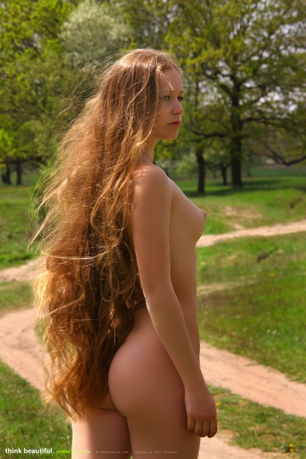long-haired-girl-sex-male-group-sex-and-photos