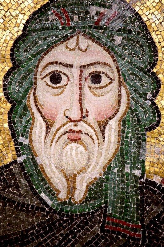 Святой Преподобный Антоний Великий. Мозаика монастыря Осиос Лукас (Преподобного Луки), Греция. 1030 - 1040-е годы.