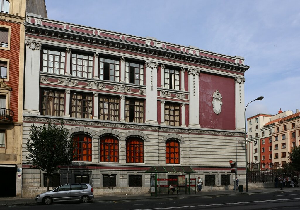 Bilbao. Felix Serrano College (Colegio Público Félix Serrano)