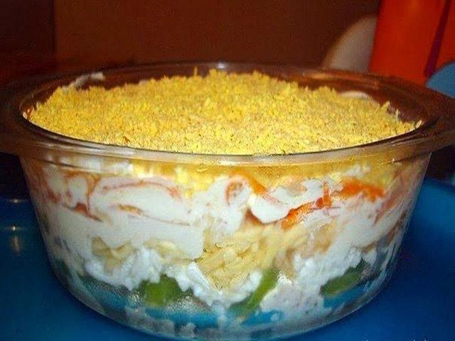 Салат из курицы с корейской морковью и киви.jpg