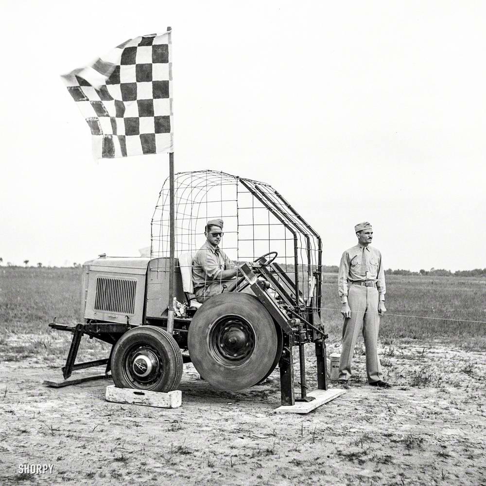 Специализированные транспортные средства начала 20-го века на снимках американских фотографов (69)