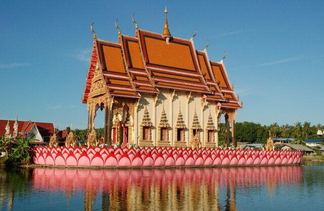 Храм Ват Плай Лаем (Wat Plai Laem). Самуи, Таиланд