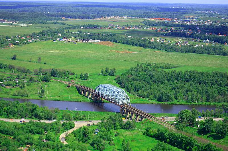 Мост через канал им.Москвы
