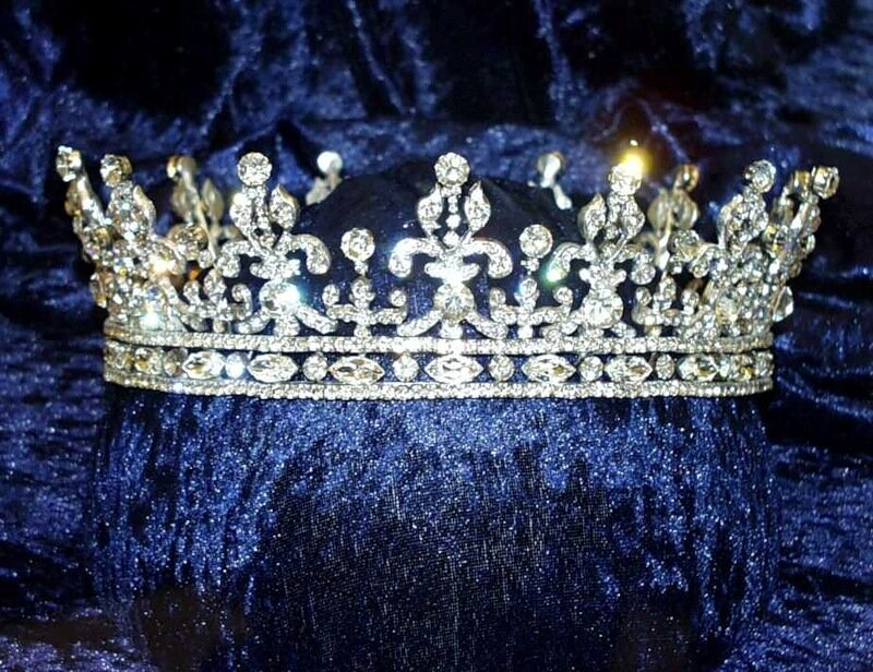 драгоценности Elizabeth II