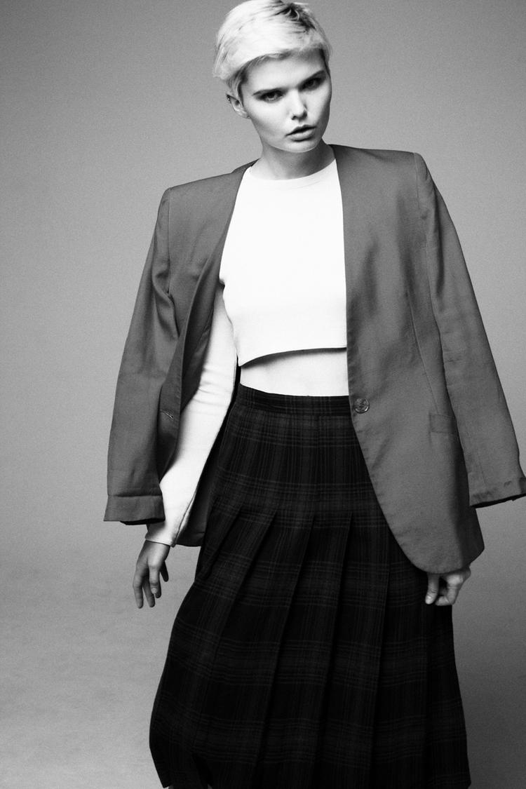 Тесса Каннингем в фотосессии Рауля Сингсона