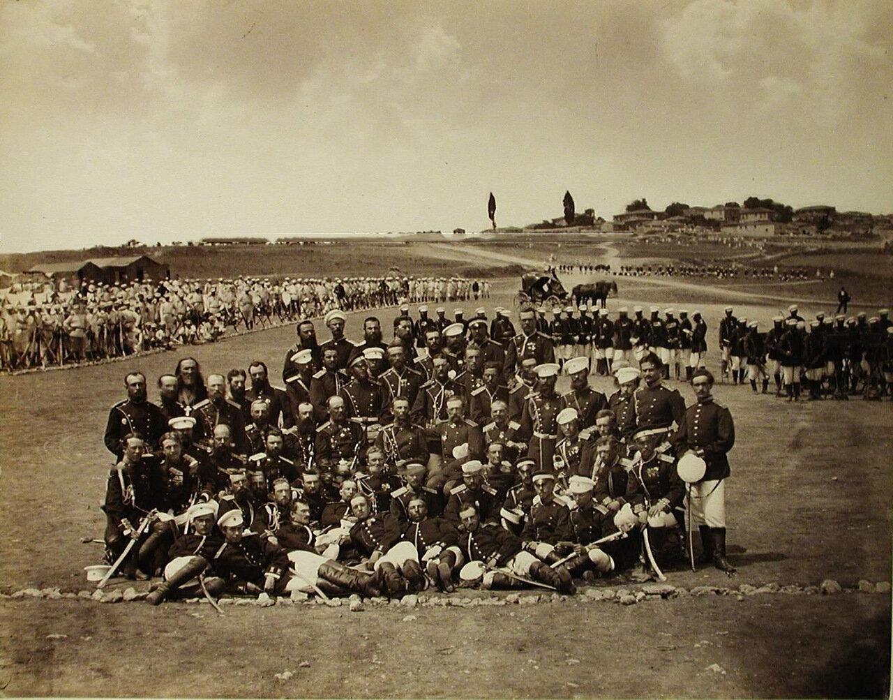 06. Группа офицеров Лейб-гвардии Измайловского полка на биваке. Турция. Сафракиой