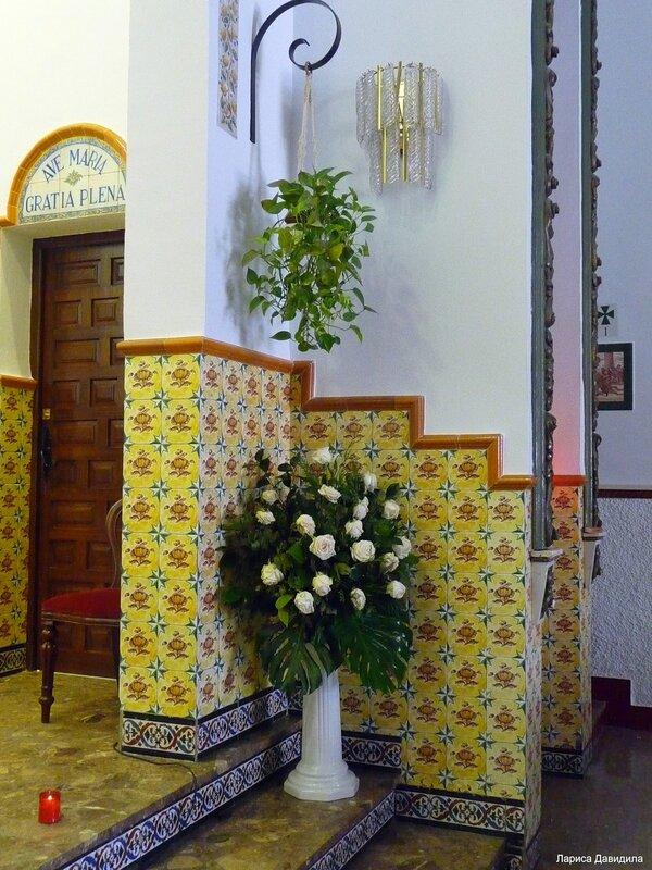 La Iglesia de Nuesra Senora del Carmen- (6)