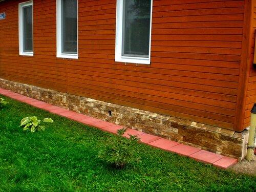 Плитка фасадная ДОЛОМИТ, оформление фундамента деревянного дома