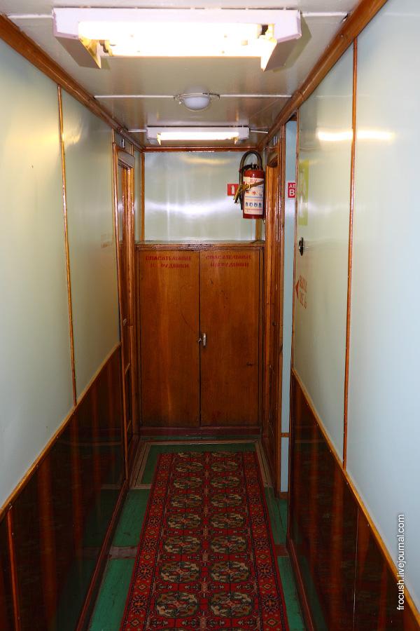 Носовая часть нижней палубы палубы