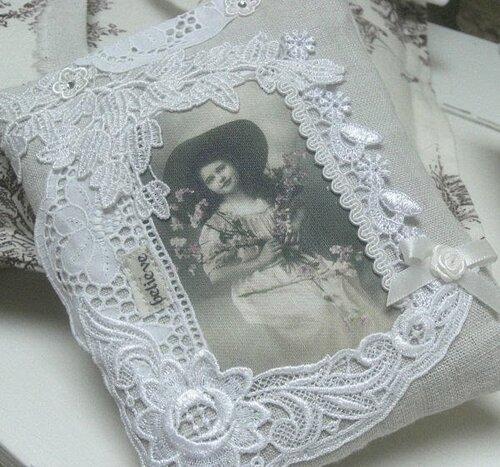 Коллаж из ткани