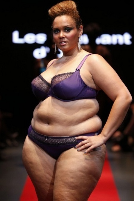 Фото толстушек нижним белье фото 80-632