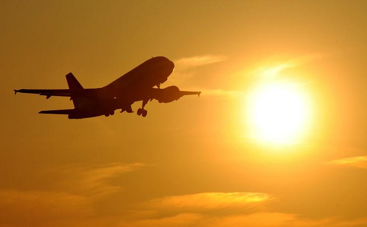 Заповедь десятая: роман кончается в аэропорту! Упаси вас Аллах, Кришна и Нрисимхадев хором продолжат