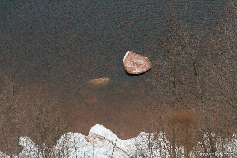 Онежское озеро, валуны
