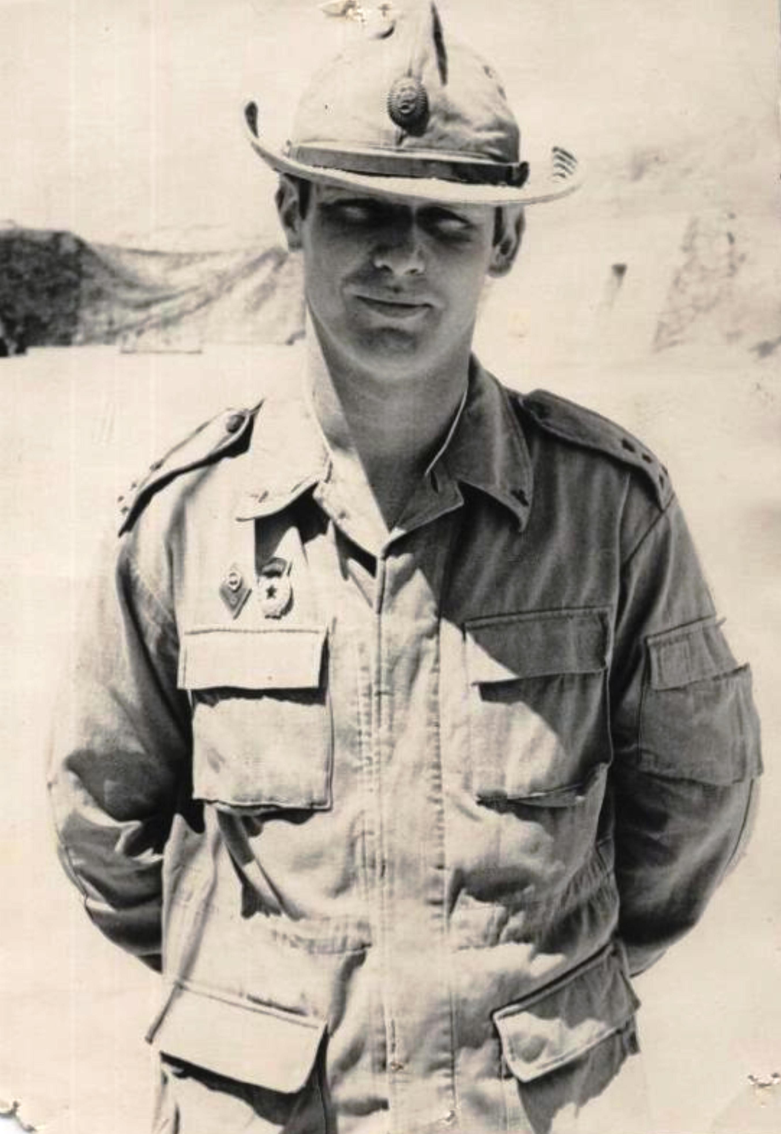 Командир парашютно-десантного батальона, гвардии капитан Фёдоров