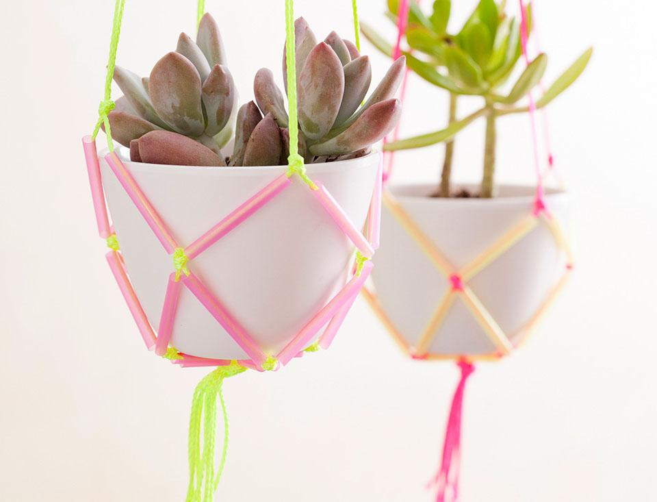 Кашпо для комнатных цветов из ниток