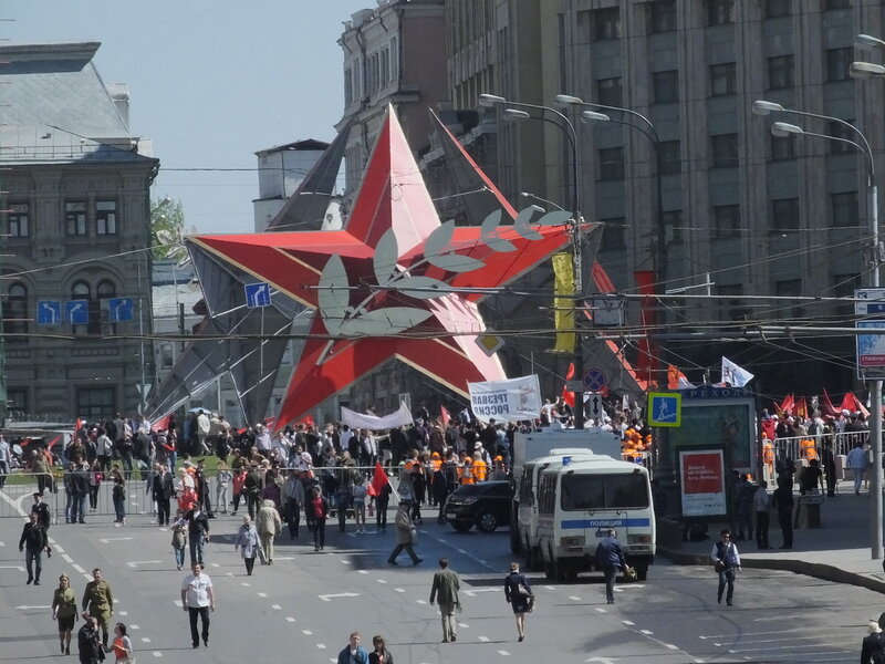 Красная звезда на Лубянской площади