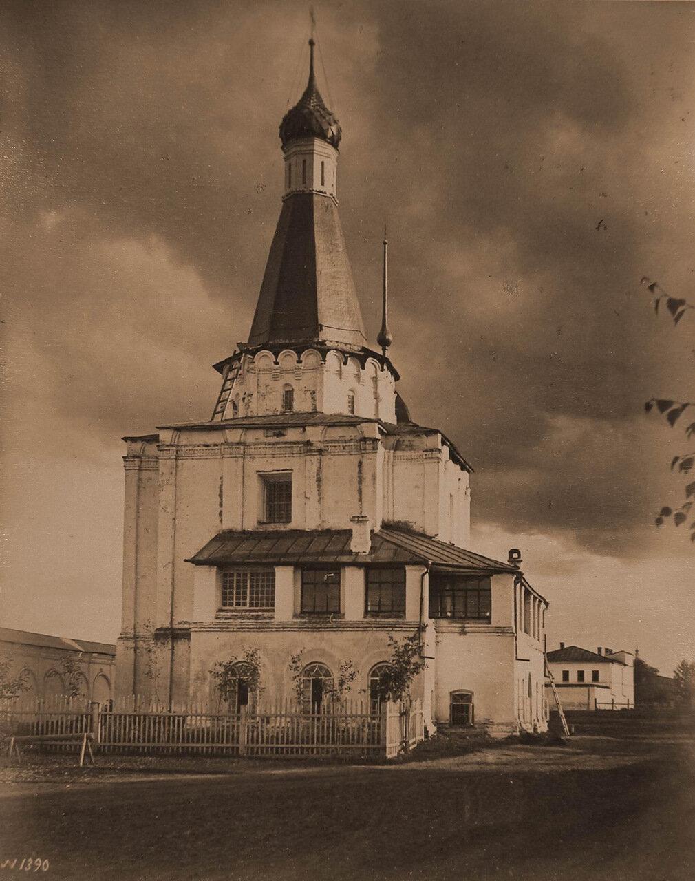Вид церкви Петра Митрополита на Государевом дворе (постройка 1584-1585 гг.)