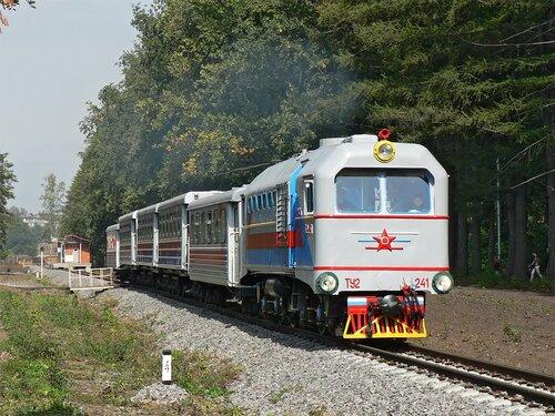 http://img-fotki.yandex.ru/get/5201/b282.d/0_516fd_42192a22_L.jpg