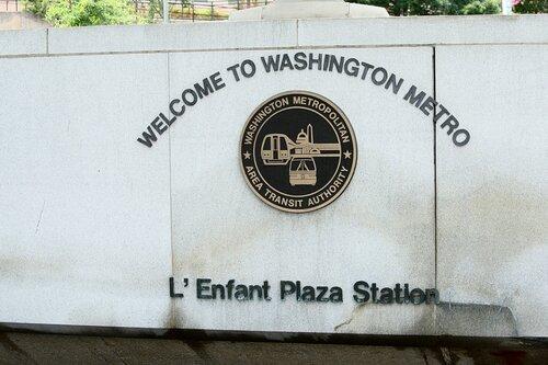 Вход на станцию L'Enfant Plaza