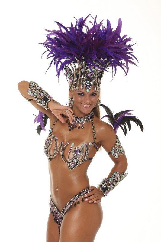 Как сделать костюм на карнавале 352