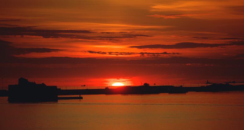закат в заливе Кронштадта