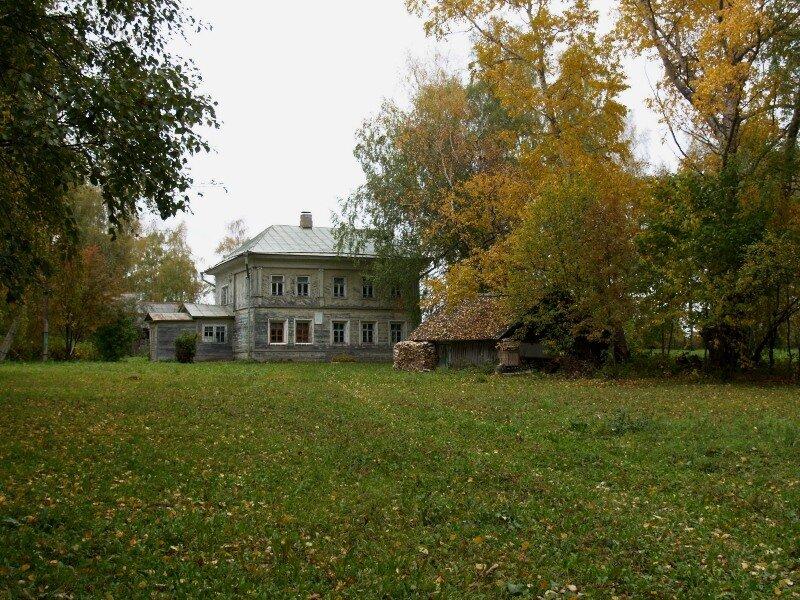 Школа, построенная на средства Некрасова