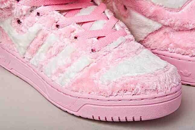 Jeremy Scott adidas – Teddy Bear