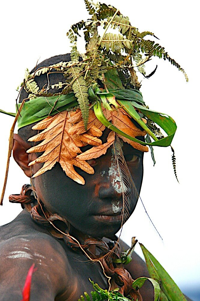 Papua New Guinea festival Singsing photo by Eric Lafforgue