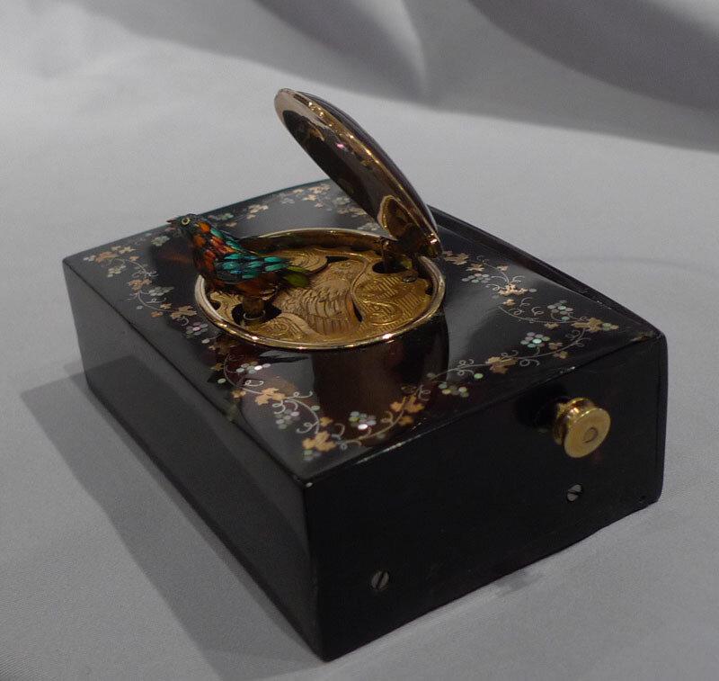 【引用】音乐盒。 - 枫林傲然 - .