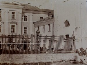 Вид части фасада здания Кадетского корпуса.