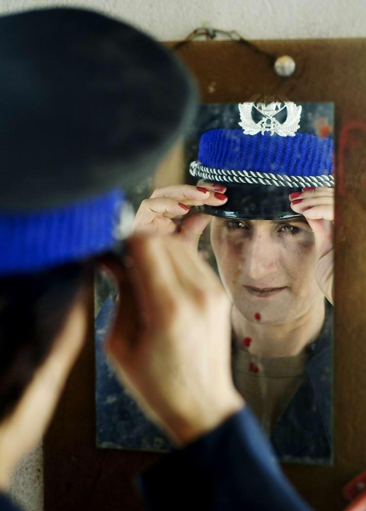 Афганские женщины из спецподразделений МВД Афганистана: картинки из жизни (29)