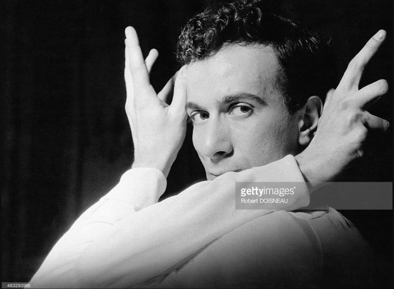 1956. Портрет французского танцовщика и хореографа Ролана Пети