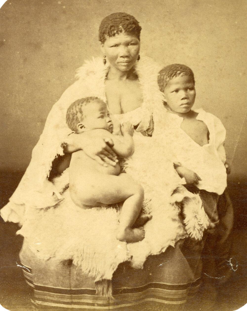 Бушменка и ее детей. 1870