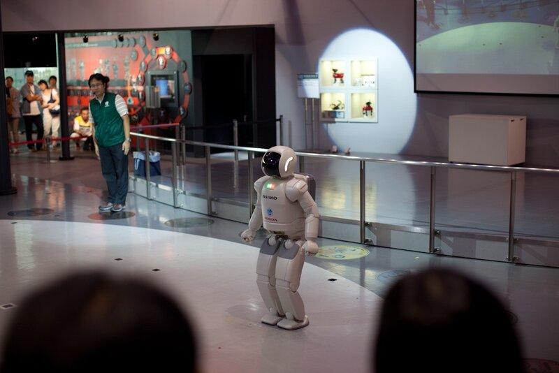 Знаменитый ASIMO