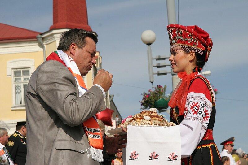 http://img-fotki.yandex.ru/get/5202/igorkomarov.b/0_3716d_82489fba_XL.jpg