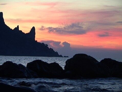 Море из вод  священной Ганги