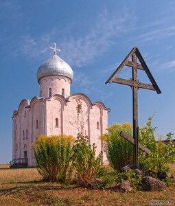 Церковь Спаса на Нередице (Великий Новгород, крест, лето, Церковь Спаса на Нередице)