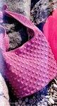 Розовая сумка крючком.