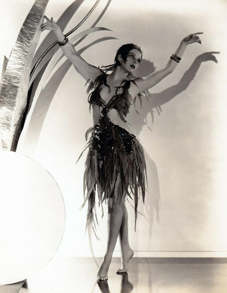 June Lang - c.1933.jpg