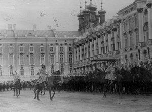 Объезд полка генерал - инспектором кавалерии генералом Остроградским перед прибытием императора Николая II.