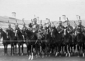 Адъютант полка и оркестр полка  на параде.