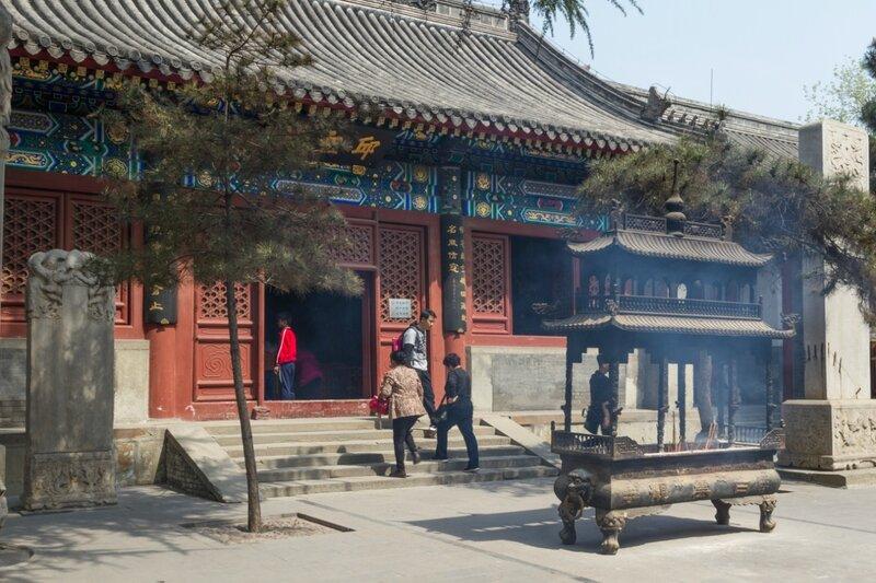 Зал святого Цю , храм Белого облака, Пекин