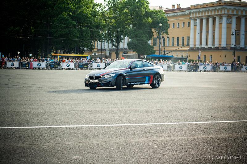DRIFT SHOW НА ДВОРЦОВОЙ ПЛОЩАДИ ОТ ДИЛЕРОВ BMW