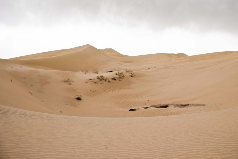 пейзаж в пустыне Кубучи (пески Кузупчи, Kubuqi desert)